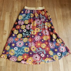 Small LuLaRoe Lucy Multicolored Flowers